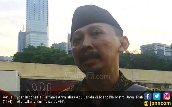 Diduga Sebarkan Hoaks, Abu Janda Dilaporkan ke Bareskrim - JPNN.com