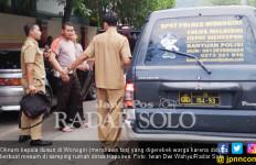 Kadus Bawa Cewek Main Mobil Goyang di Samping Rumah Kapolres - JPNN.com