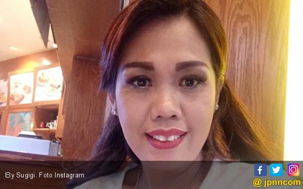 Ajak Mantan Suami jadi Model, Ely Sugigi Kesal Dicibir - JPNN.com
