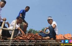 Aksi Nyata Dedi Mulyadi Memuliakan Ustaz, Lihat tuh - JPNN.com