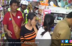 Mely Tepergok Curi Kosmetik di Minimarket - JPNN.com