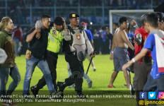 Suporter Rusuh, Arema FC Kena Sanksi dan Denda Ratusan Juta - JPNN.com