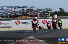 Race 1 ARRC 2018: 2 Pembalap Honda Indonesia Kuasai Podium - JPNN.com