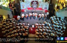 107 Gitaris Iringi Lagu Nasional di Mal Ini Masuk Rekor MURI - JPNN.com