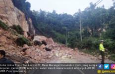 Jalan Lintas Riau-Sumbar Sudah Kembali Normal - JPNN.com