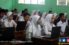 Pengamat: Berarti Anak - anak Kita Tidak Cerdas? - JPNN.com