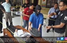 Detik-detik Tarmuji Bunuh Istri dan Anaknya, Sangat Sadis - JPNN.com
