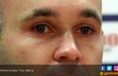 Air Mata Andres Iniesta saat Ucap Selamat Tinggal Barcelona - JPNN.com