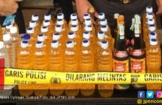 Istri Sudah Larang Minum Miras Oplosan biar gak Mati - JPNN.com