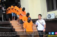 Polda Tangkap 230 Penambang Emas Ilegal - JPNN.com
