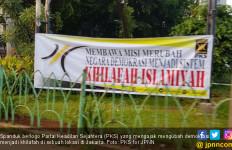 Konon Cinta NKRI, PKS Merasa Dirugikan Spanduk Khilafah - JPNN.com