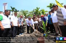 Padat Karya Tunai Kementerian Beri Banyak Manfaat bagi Desa - JPNN.com