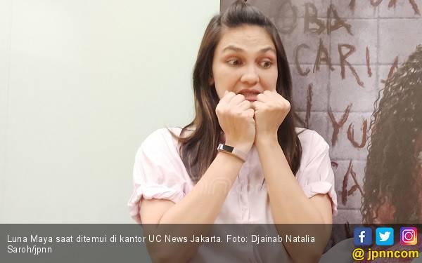 Kabar Dipacari Pengusaha Tajir Asal Malaysia, Luna Maya Bilang Gini - JPNN.com
