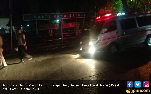 Ambulans Masuk Mako Brimob, Senjata Dikokang - JPNN.com