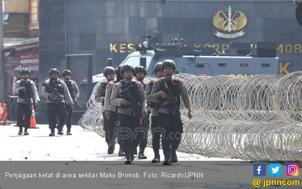 Polisi Rahasiakan Tuntutan Napi Teroris Mako Brimob - JPNN.com