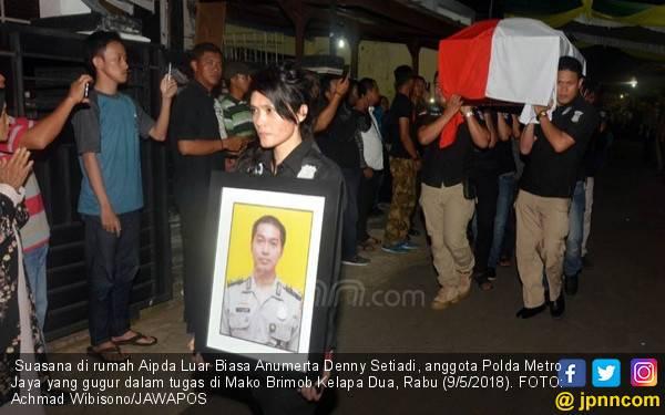 Bripka Denny dan Saudara Kembarnya Siap Rayakan Ultah, tapi - JPNN.com