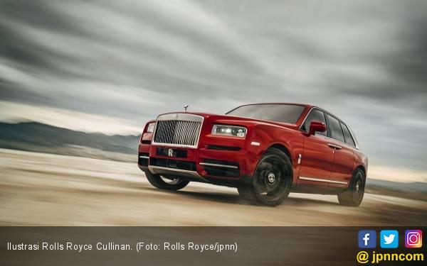 Lampu Tidak Standar, 403 Unit Rolls Royce Cullinan Kena Recall - JPNN.com