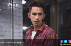 Demi Anak, Fandy Christian Beralih ke Rokok Elektrik - JPNN.com