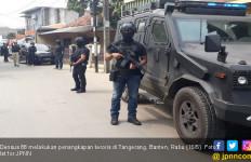 Gunakan Persuasi, Densus 88 Bekuk Tiga Teroris di Tangerang - JPNN.com