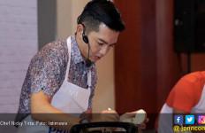 Jadi Koki Rumahan saat Ramadan ala Nicky Tirta - JPNN.com