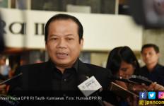 Wakil Ketua DPR Taufik Ngamar di Hotel Sambil Terima Suap - JPNN.com