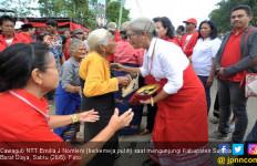 Mama Emi Yakini Sirih dan Pinang Punya Potensi Ekonomi - JPNN.com
