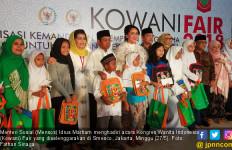Mensos Bagikan Hadiah kepada 500 Anak Yatim Berprestasi - JPNN.com