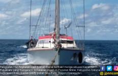 Lanal Ranai Evakuasi Kapal Yatch Berbendera Malaysia - JPNN.com