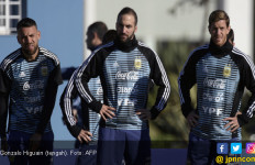 Demi Argentina, Gonzalo Higuain Rela Mematahkan Punggungnya - JPNN.com