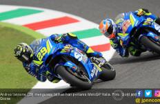 Diwarnai 2 x Bendera Merah, Iannone Kuasai FP2 MotoGP Italia - JPNN.com