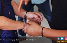 Gigit Peluru, Mat Pirang Dikepung Polisi - JPNN.com