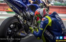 Rossi Beri Catatan ke Yamaha M1 Hari Pertama Tes Pramusim MotoGP di Qatar - JPNN.com