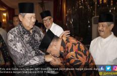 Ciuman Gatot ke Tangan SBY Tak Otomatis Berbuah Dukungan PD - JPNN.com