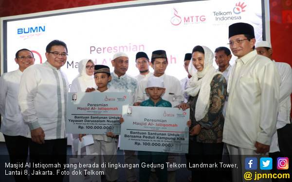 Bu Rini Resmikan Masjid Al Istiqomah Telkom Landmark Tower - JPNN.com