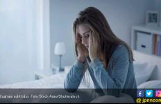 Jangan Main Hp, Lakukan 6 Cara ini Kalau Susah Tidur - JPNN.com