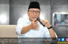 Ketua MPR: Orang Gila yang Bilang Takbir Radikal - JPNN.com