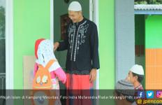 Wajah Islam di Kampung Minoritas - JPNN.com