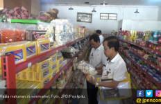 Duh Banyak Makanan Kedaluwarsa di Minimarket Ini - JPNN.com