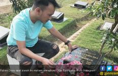 Sebelum Liburan, Ruben Onsu Sambangi Makam Olga dan Jupe - JPNN.com