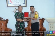 Lanal Denpasar - Satbrimob Polda Bali Mempererat Silaturahmi - JPNN.com