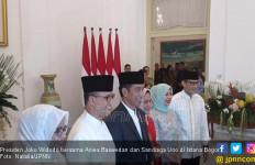 Anies-Sandi Kompak Doakan Jokowi - JPNN.com
