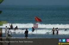 Penderita Epilepsi Renang di Pantai, ya Ampun - JPNN.com
