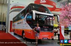 Selain Truk, Bus Hino juga Laris Manis - JPNN.com