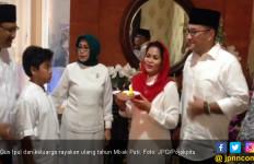 Sambil Menunggu Hasil Penghitungan, Mbak Puti Rayakan Ultah - JPNN.com