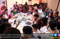Legalisir Akta Kelahiran jadi Syarat PPDB Bikin Repot Ortu - JPNN.com