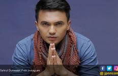 Sahrul Gunawan Panik 200 Jemaahnya Tak Bisa Umrah - JPNN.com