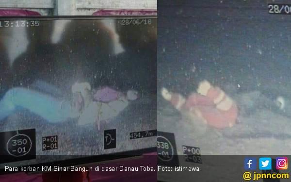 KM Sinar Bangun di Dasar Danau Toba, Posisi Terbalik - JPNN.com