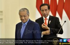 Ini Penyebab Malaysia Tak Bisa Lepas dari Jerat Utang Tiongkok - JPNN.com