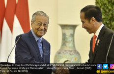 Mahathir Mohamad: Negara Melayu Tidak Punya Kapasitas untuk Melawan Tiongkok - JPNN.com