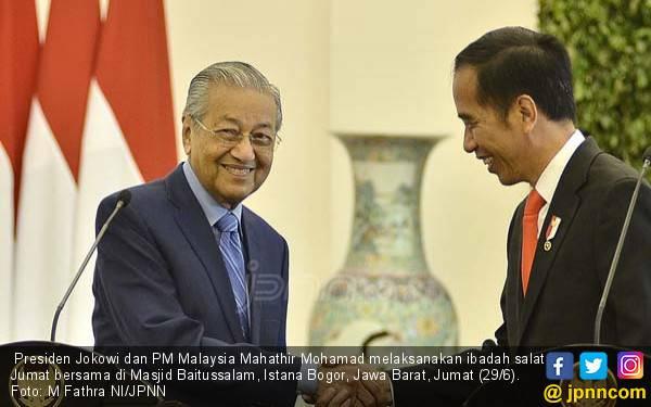 Ingkar Janji, Mahathir Ogah Serahkan Jabatan ke Anwar Ibrahim Tahun Depan - JPNN.com